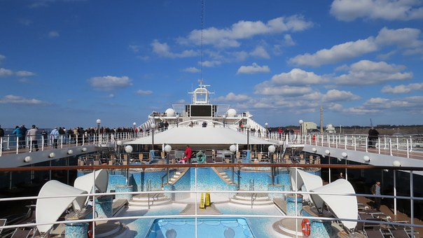 cruise-765164__340.jpg